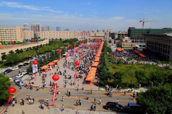 我校2012级迎新工作圆满结束-陕西科技大学